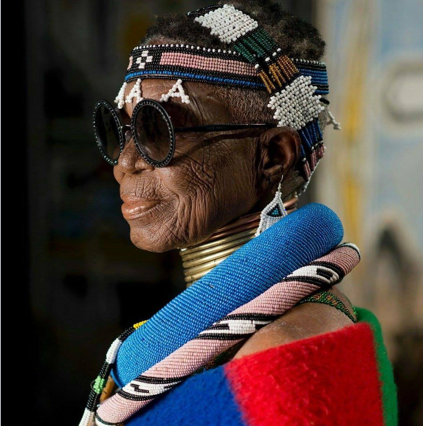 Image of ESTHER MAHLANGU famous artist who worked with BMW